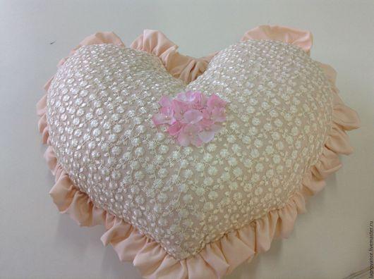 Текстиль, ковры ручной работы. Ярмарка Мастеров - ручная работа. Купить Подушка Сердце. Handmade. Бледно-розовый, подушка-игрушка