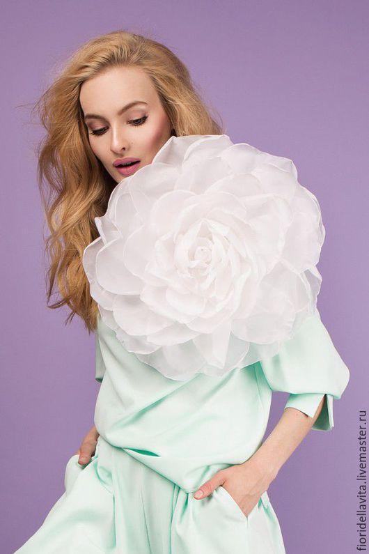 """Цветы ручной работы. Ярмарка Мастеров - ручная работа. Купить Шифоновая роза """"Белый гигант"""". Цветы из ткани.. Handmade."""
