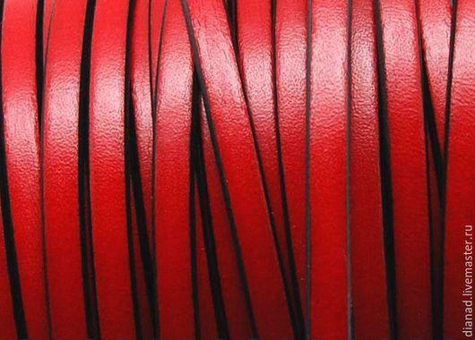Для украшений ручной работы. Ярмарка Мастеров - ручная работа. Купить Кожаный шнур 5х2мм красный. Handmade. Ярко-красный