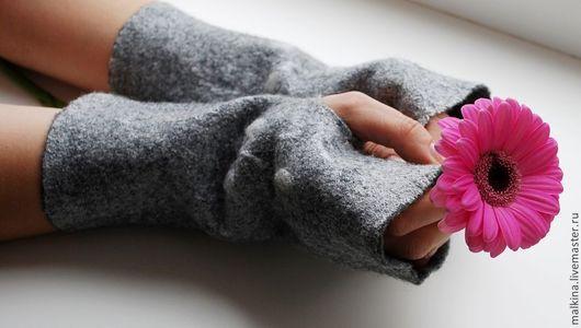 Варежки, митенки, перчатки ручной работы. Ярмарка Мастеров - ручная работа. Купить Валяные митенки серые Лондон. Handmade. Серый