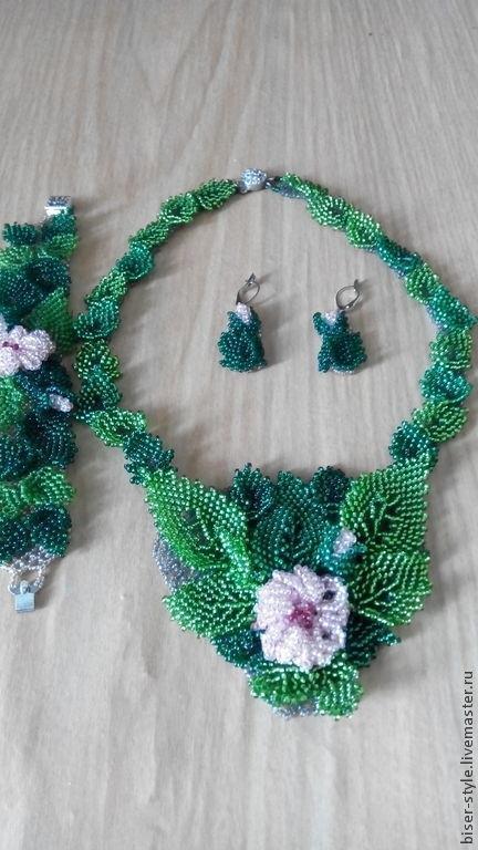 Комплекты украшений ручной работы. Ярмарка Мастеров - ручная работа. Купить Комплект из бисера Зеленая листва. Handmade. Зеленый