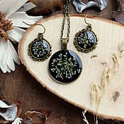Украшения handmade. Livemaster - original item A set of jewellery made from resin with real flowers
