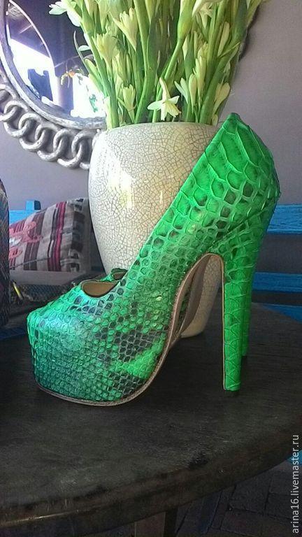 Обувь ручной работы. Ярмарка Мастеров - ручная работа. Купить Туфли на платформе. Handmade. Ярко-зелёный, туфли из питона