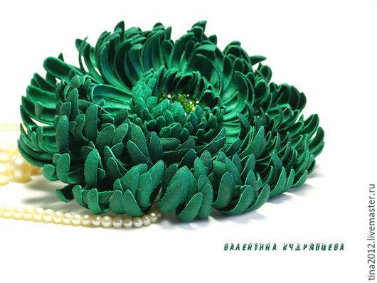 Цветы ручной работы. Ярмарка Мастеров - ручная работа. Купить Цветы из кожи. Хризантема изумрудная. Handmade. Зеленый, брошь из кожи