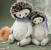 Куклы и игрушки ручной работы. Ярмарка Мастеров - ручная работа Ёжики тедди мама и дочь. Handmade.