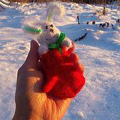 Куклы и игрушки ручной работы. Ярмарка Мастеров - ручная работа Праздничный Зеленоух! )) Заяц новогодний ) В варежке ). Handmade.