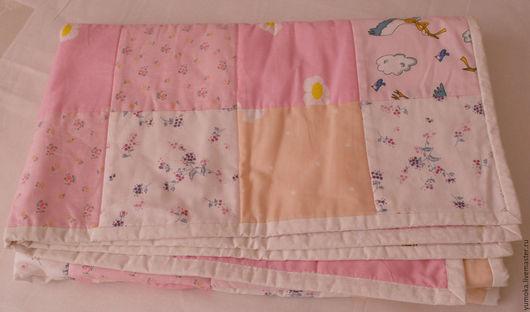 Пледы и одеяла ручной работы. Ярмарка Мастеров - ручная работа. Купить Детское лоскутное одеяло. Handmade. Розовый, лоскутное одеяло