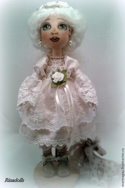 """Коллекционные куклы ручной работы. Ярмарка Мастеров - ручная работа. Купить Текстильная кукла """"Диана"""". Handmade. Белый, лошадка игрушка"""