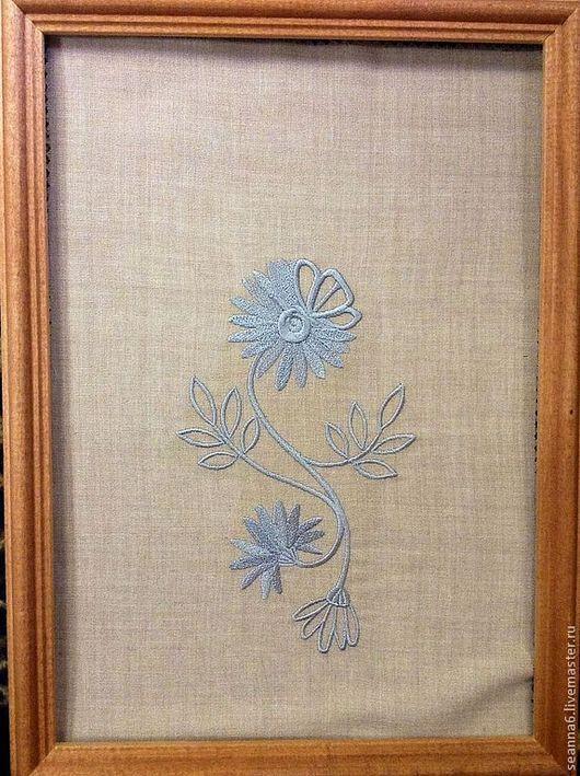 """Картины цветов ручной работы. Ярмарка Мастеров - ручная работа. Купить Вышивка на одежде, аппликация, картинка, картина """"Серый цветок"""". Handmade."""