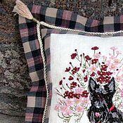 Для дома и интерьера ручной работы. Ярмарка Мастеров - ручная работа подушка Скотч-терьер, декоративная. Handmade.