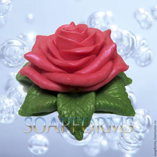 Силиконовая форма для мыла  и свечей `Роза на листьях` (на фото работы выполненная в мыле)
