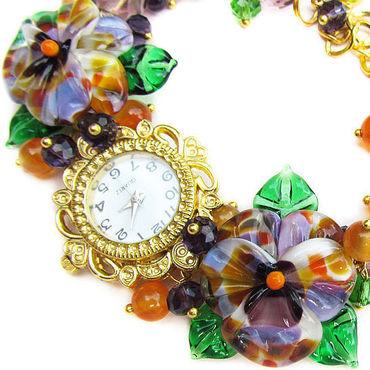 """Украшения ручной работы. Ярмарка Мастеров - ручная работа """"Фиалка Монмартра"""" наручные часы с бусинами лэмпворк. Handmade."""