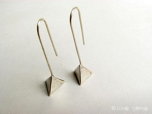 Серьги ручной работы. Ярмарка Мастеров - ручная работа. Купить Серьги Треугольники из серебра. Handmade. Серебро, серебряный, пирамидка, серебро