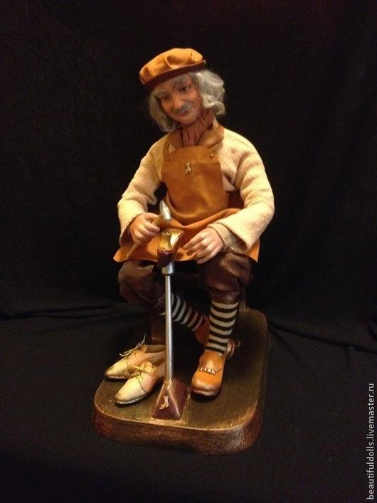 Коллекционные куклы ручной работы. Ярмарка Мастеров - ручная работа. Купить Счастливый сапожник. Handmade. Кукла ручной работы, лён