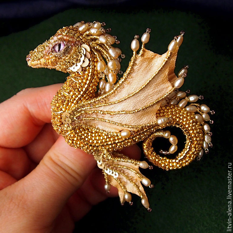 Brooches handmade. Livemaster - handmade. Buy Brooch dragon 'Margo'. Brooch beads. Embroidered dragon. Golden dragon.Gold
