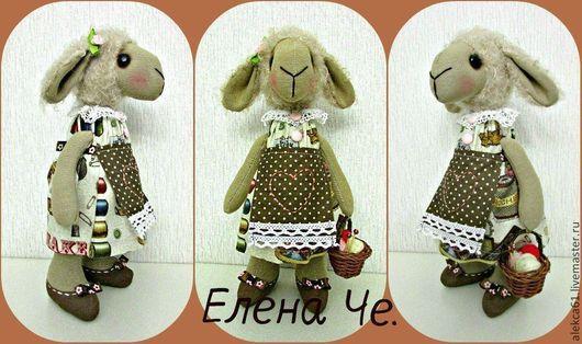 Игрушки животные, ручной работы. Ярмарка Мастеров - ручная работа. Купить Овечка - рукодельница. Handmade. Бежевый, овечка текстильная, кружево