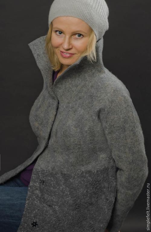 """Верхняя одежда ручной работы. Ярмарка Мастеров - ручная работа. Купить Авторское валяное пальто """"В Серых Тонах"""". Handmade."""