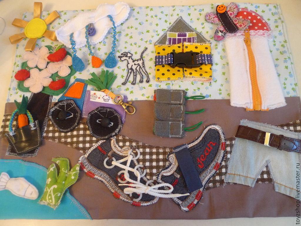 Развивающие игрушки ручной работы. Ярмарка Мастеров - ручная работа. Купить Развивающий настольный коврик для детей. Handmade. Домик
