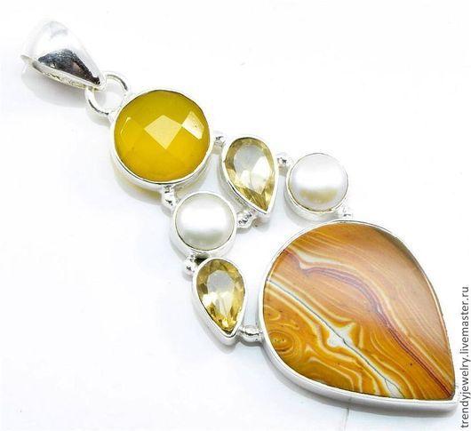 """Кулоны, подвески ручной работы. Ярмарка Мастеров - ручная работа. Купить Кулон с натуральными камнями """"Желтый свет"""" -серебро, мукаит. Handmade."""