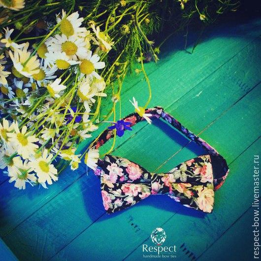 Яркая галстук-бабочка с цветочным рисунком С-012. Ручная работа. Галстук-бабочка, бабочка на шею, бабочка для жениха, бабочка галстук, галстук бабочка купить, мужская детская женская галстук-бабочка