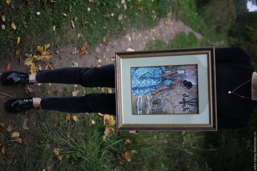 """Картины цветов ручной работы. Ярмарка Мастеров - ручная работа. Купить Вышивка """"Эффектные женщины в роскошных местах"""". Handmade. Синий"""