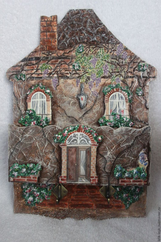 """Прихожая ручной работы. Ярмарка Мастеров - ручная работа. Купить Ключница """"Милый дом"""". Handmade. Коричневый, ключница деревянная, дерево"""