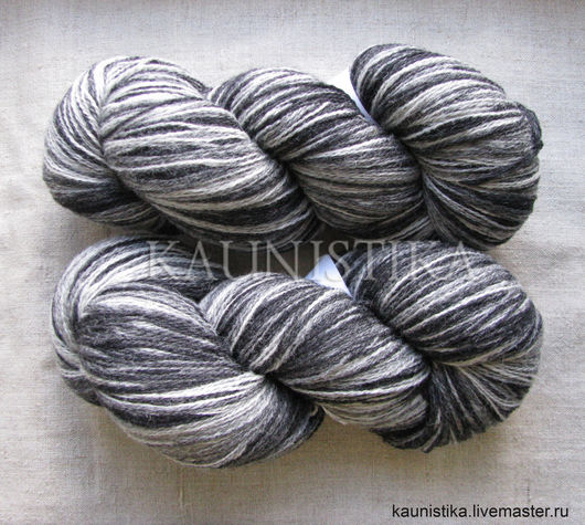 Пряжа Кауни Black-White (Черно-белый)  8/2 (400 м на 100 гр).