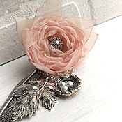 Канцелярские товары handmade. Livemaster - original item Bookmark with fabric flower. swallow`s nest.. Handmade.