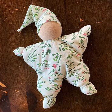 Куклы и игрушки ручной работы. Ярмарка Мастеров - ручная работа Кукла-обнимашка «Иришка». Handmade.
