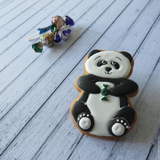 Кулинарные сувениры ручной работы. Ярмарка Мастеров - ручная работа. Купить Пряник Панда с конфеткой. Handmade. Чёрно-белый, котенок