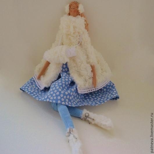Кукла Тильда зимняя