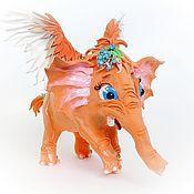 """Мягкие игрушки ручной работы. Ярмарка Мастеров - ручная работа Фигурка """"Апельсиновый слоник, который любил незабудки"""". Handmade."""