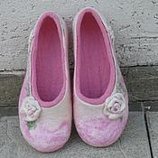"""Обувь ручной работы. Ярмарка Мастеров - ручная работа Тапочки валяные """"Для любимых ножек"""". Handmade."""