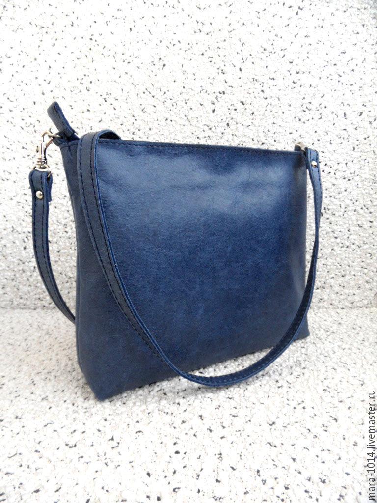 2926c4eaa205 ... кожаная на длинном ремешке. Женские сумки ручной работы. Ярмарка  Мастеров - ручная работа. Купить Сумка синяя потертая, ...