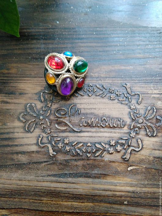 Винтажные украшения. Ярмарка Мастеров - ручная работа. Купить БРОНЬ Винтажная брошь с цветными кабошонами (ручной работы). Handmade.