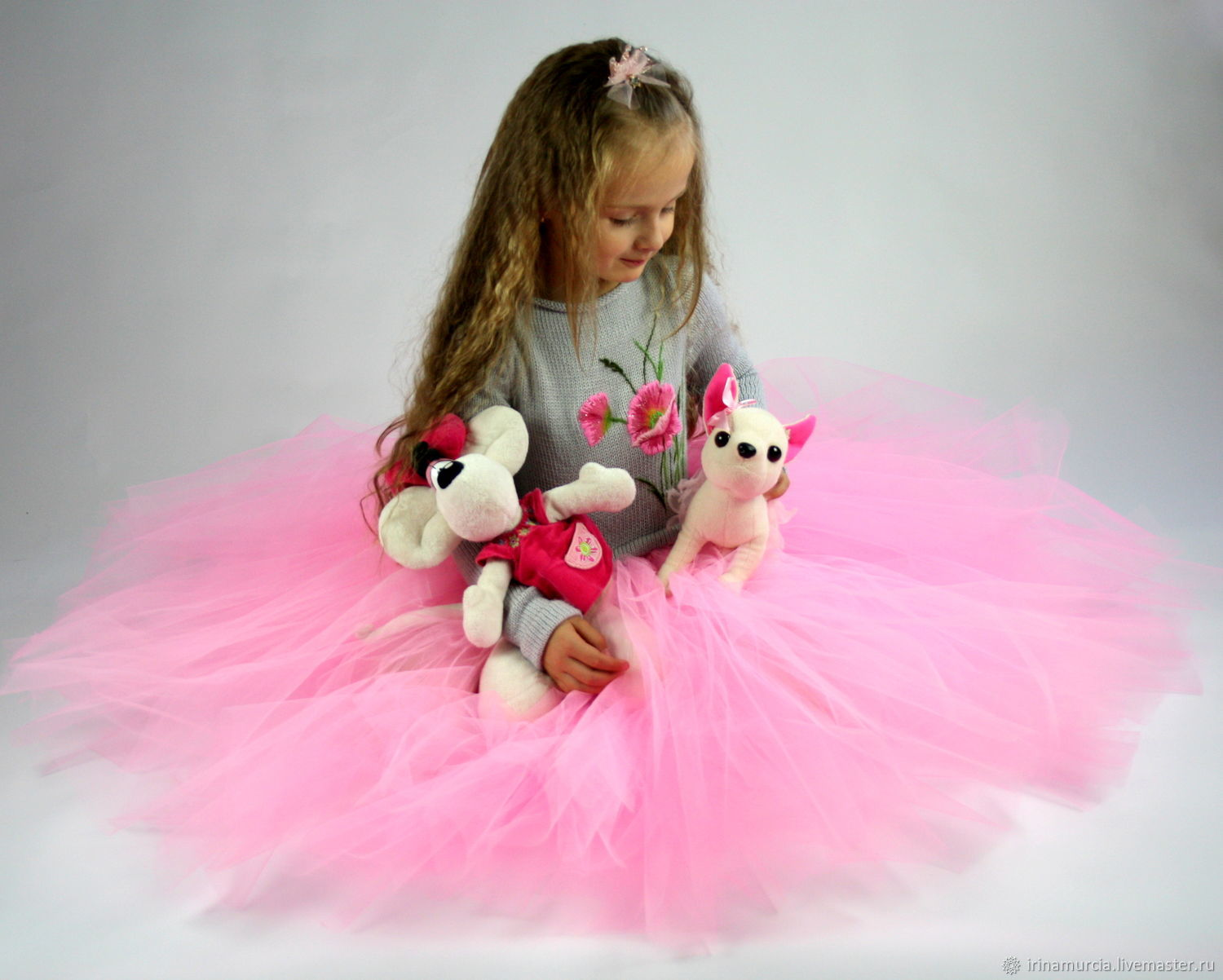 """Пышное платье для девочки, розовое с вышивкой """"Маленькая принцесса"""""""
