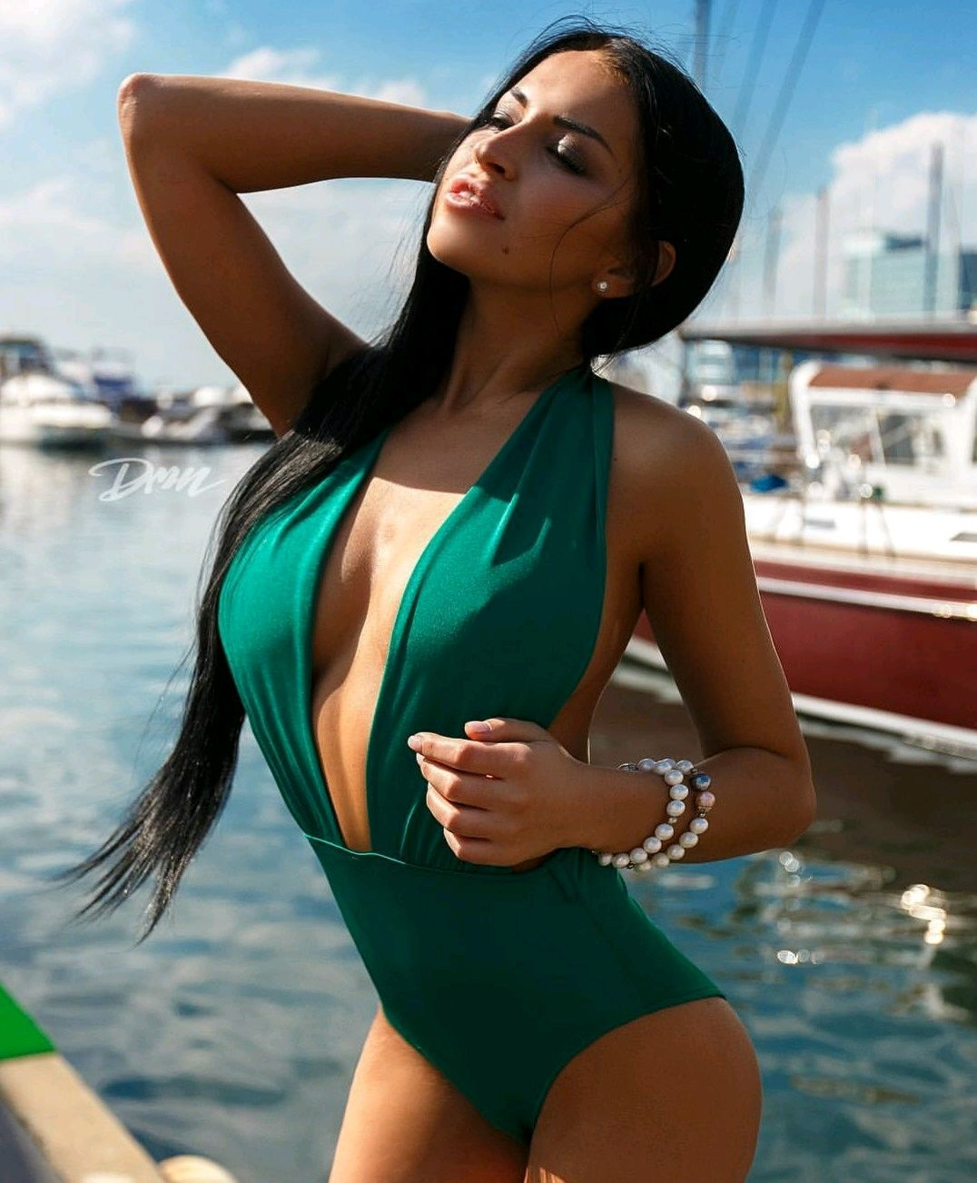301a661eb0c9 Зелёный слитный купальник – купить в интернет-магазине на Ярмарке Мастеров  с ...