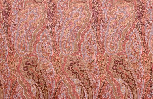 Премиальная портьерная ткань Англия Эксклюзивные и премиальные английские ткани, знаменитые шотландские кружевные тюли, пошив портьер, а также готовые шторы и декоративные подушки.