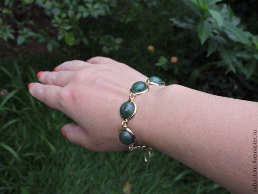Браслеты ручной работы. Ярмарка Мастеров - ручная работа. Купить браслет с кварцем. Handmade. Зеленый, уникальное украшение, модный цвет