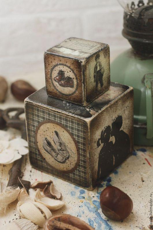 Детская ручной работы. Ярмарка Мастеров - ручная работа. Купить Первый поцелуй, набор кубиков. Handmade. Коричневый, винтажный, ретро