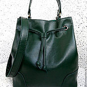 Сумки и аксессуары ручной работы. Ярмарка Мастеров - ручная работа Green Day кожаная сумка мешок, зеленая, на подкладке из замши. Handmade.