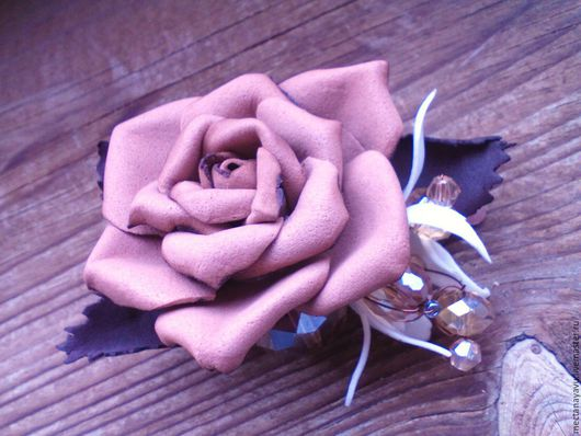 Заколки ручной работы. Ярмарка Мастеров - ручная работа. Купить Зажим для волос Кофейная роза из фоамирана. Handmade. Бежевый