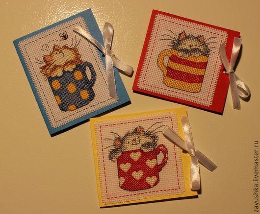 Открытки на все случаи жизни ручной работы. Ярмарка Мастеров - ручная работа. Купить Вышитая открытка с магнитом Кот в кружке. Handmade.