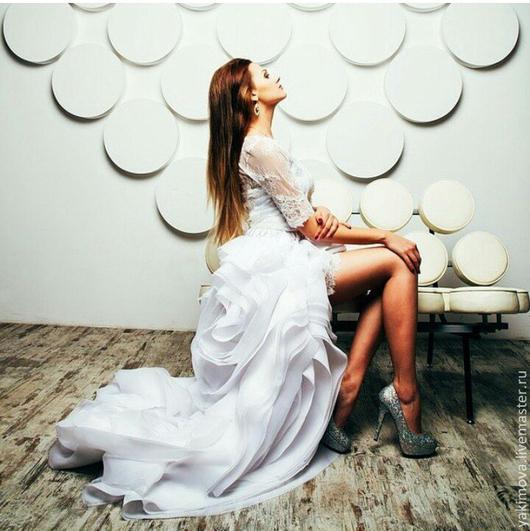Платья ручной работы. Ярмарка Мастеров - ручная работа. Купить Платье футляр и шлейф White Sunny. Handmade. Свадебное платье