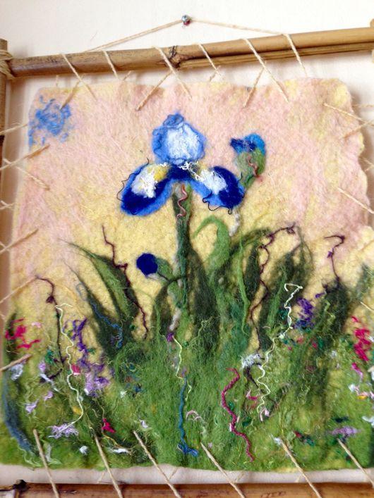 Картины цветов ручной работы. Ярмарка Мастеров - ручная работа. Купить Валяная картина Одинокий ирис. Handmade. Картина из шерсти