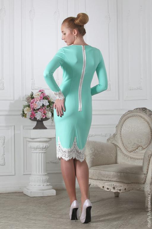 Платье по фигуре кружево