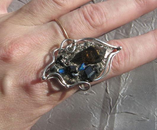 """Кольца ручной работы. Ярмарка Мастеров - ручная работа. Купить Кольцо """"Сокровища Недр"""". Handmade. Комбинированный, кольцо с гранатом"""