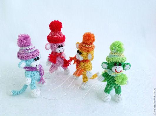 Игрушки животные, ручной работы. Ярмарка Мастеров - ручная работа. Купить Обезьянка в шапочке игрушка вязаная крючком. Handmade.
