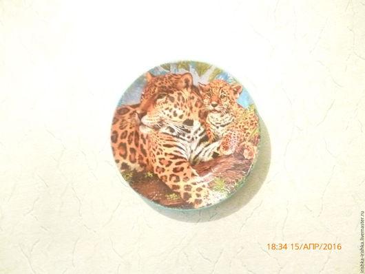 """Кухня ручной работы. Ярмарка Мастеров - ручная работа. Купить декоративная тарелка c леопардами """"семья"""". Handmade. Зеленый, тигр"""