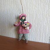 Подарки к праздникам ручной работы. Ярмарка Мастеров - ручная работа Художник.Елочные игрушки из ваты. Handmade.